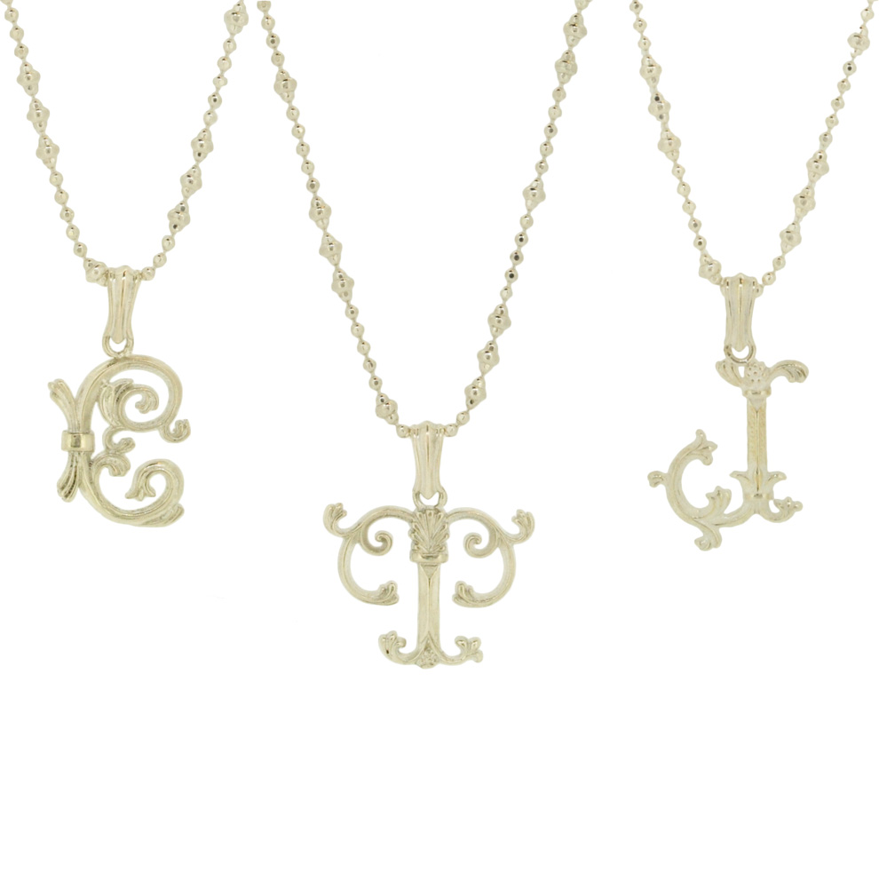 13W-601<br>Gothic Initial Necklace (Silver White)<br>¥14,000+tax<br><br>40cm or 45cm or 50cm