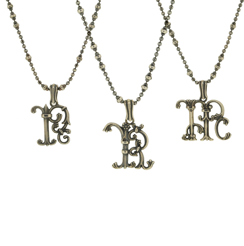 13W-602<br>Gothic Initial Necklace (Silver Black)¥14,000+tax<br><br>40cm or 45cm or 50cm