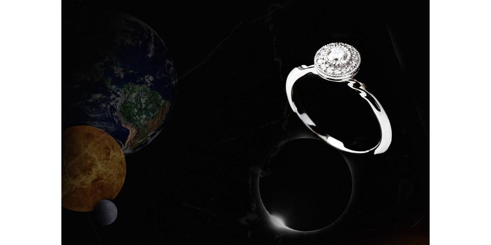 Noor (ヌール)<br>「光り」<br>暗闇を照らす道しるべ<br>希望と幸福の輝き